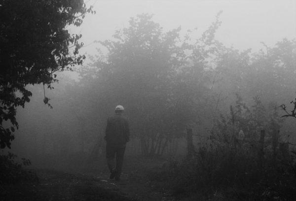 Hayalleri dağ yollarında kalan çaresiz çocuk